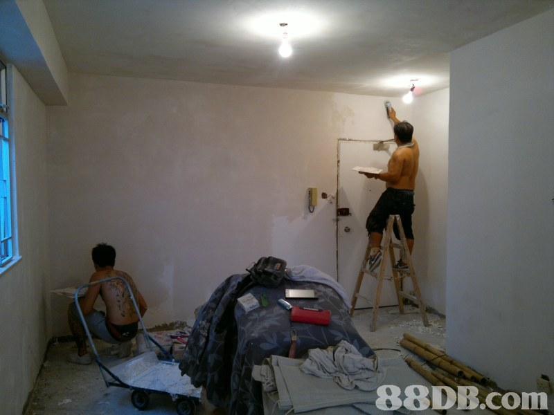 Ceiling,Room,Wall,Plaster,Floor