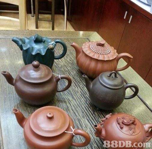 福記茶莊提供炭焙老茶, 綠茶, 花茶等產品