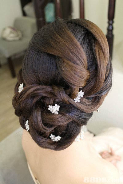 hair,hairstyle,long hair,hair accessory,chignon