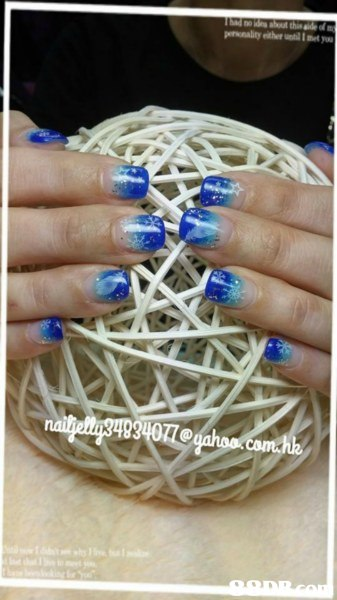 nail,finger,hand,thread