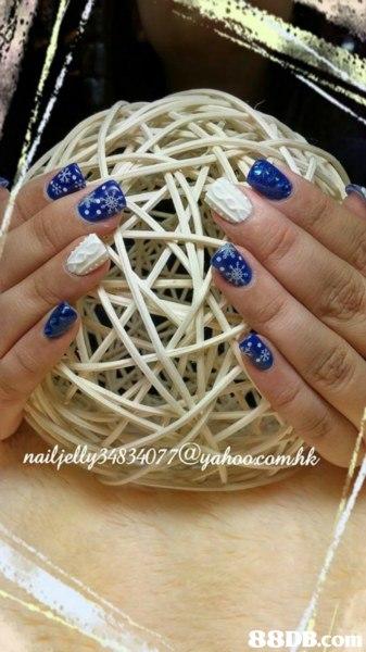 nail,nail,finger,hand,