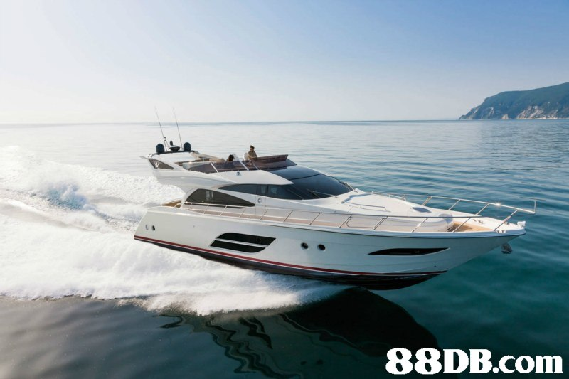 Water transportation,Yacht,Luxury yacht,Vehicle,Speedboat