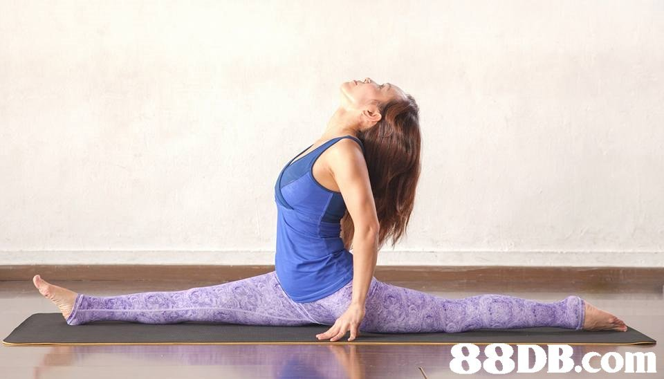 Shoulder,Physical fitness,Leg,Yoga,Yoga mat