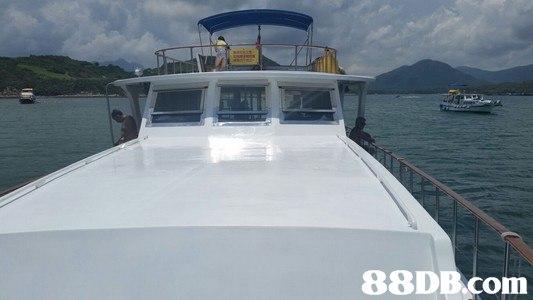 boat,water transportation,yacht,watercraft,motorboat