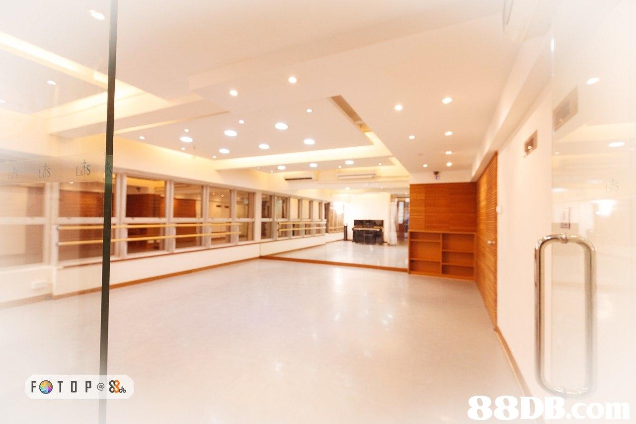Lds 88D  lobby