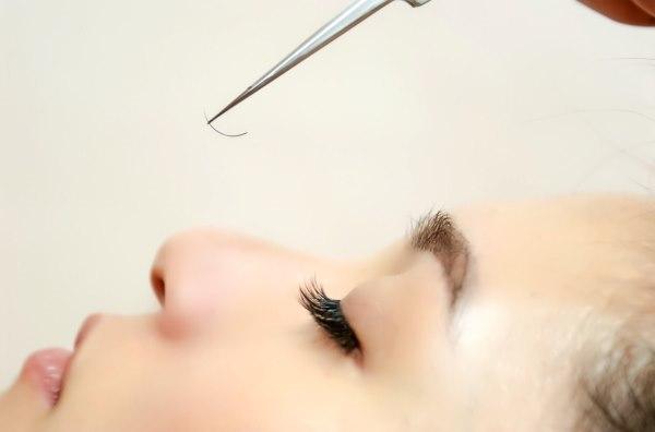 誠意邀請  經驗美睫師 / 學徒 / Recruit Experienced Eyelash Extension Stylist / Eyelash Designer Trainee