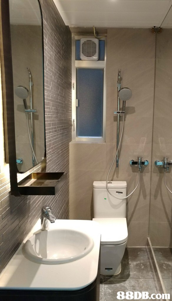 bathroom,property,room,plumbing fixture,interior design