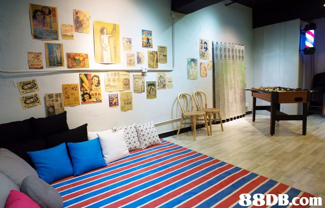 脂蘆白 氏臣屈   room,interior design,living room,real estate,table