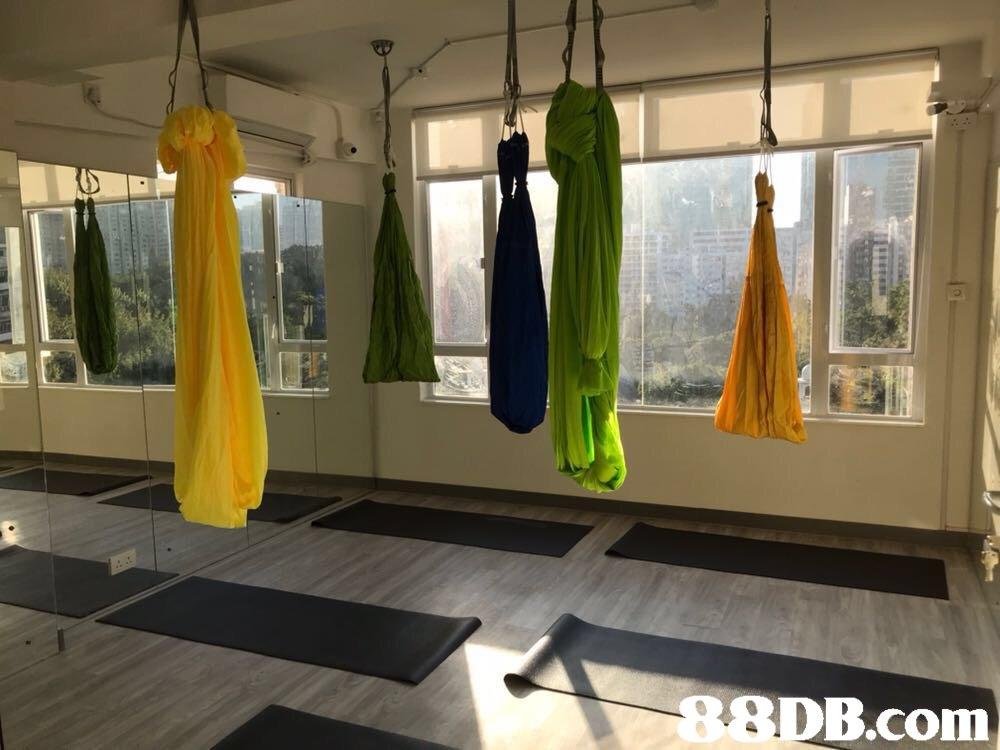 2 8 SDB.com  room