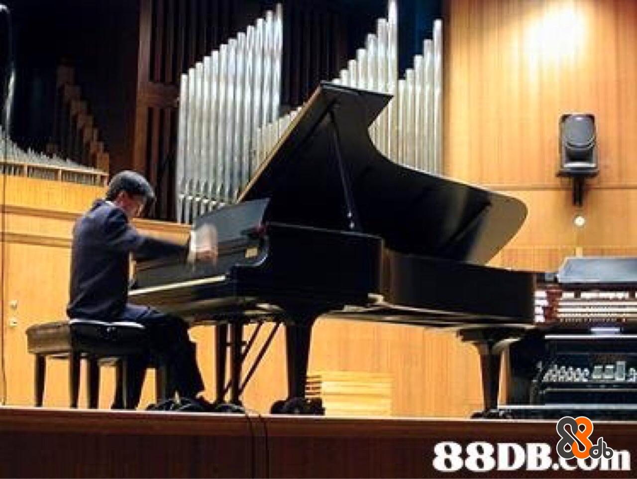 88DB  piano