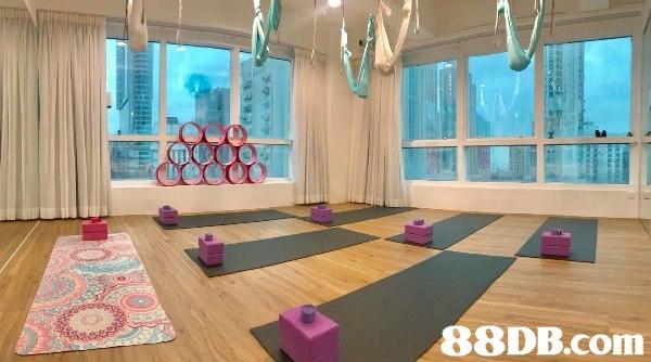 朗豪坊附近全新瑜伽室租借,地點方便,就係旺角地鐵站a2出口附近,朗豪坊行過來都只需要幾分鐘。設有:2個更衣室,沖涼房,洗手間。有樓景同海景睇。