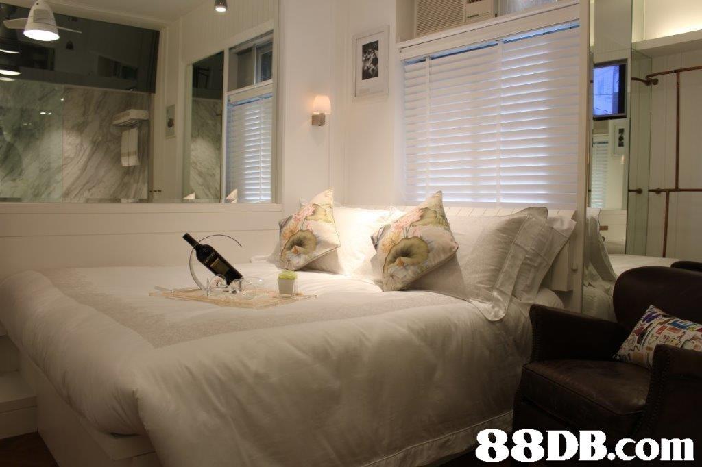 room,property,home,interior design,bedroom