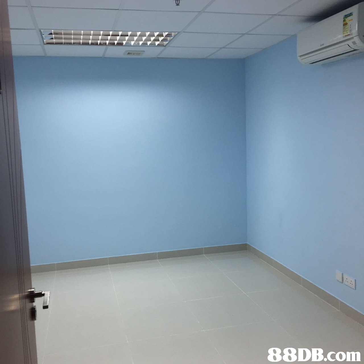 property,room,wall,floor,ceiling