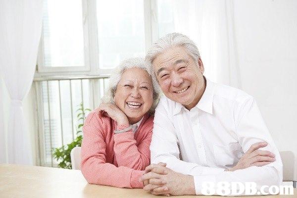 【護理幫 HelperGo】 上門私家看護、專業 24小時看護、長者照顧服務
