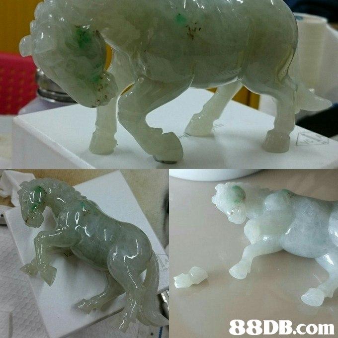 Jade,Figurine,Stone carving,Animal figure,