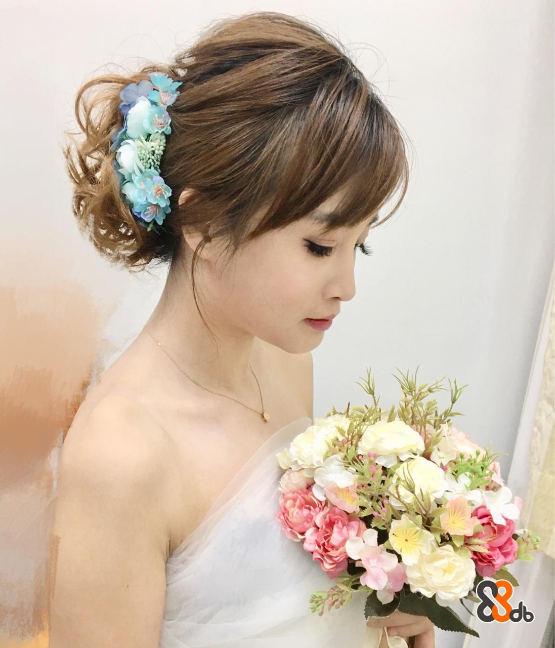 hair,flower,bride,hair accessory,headpiece