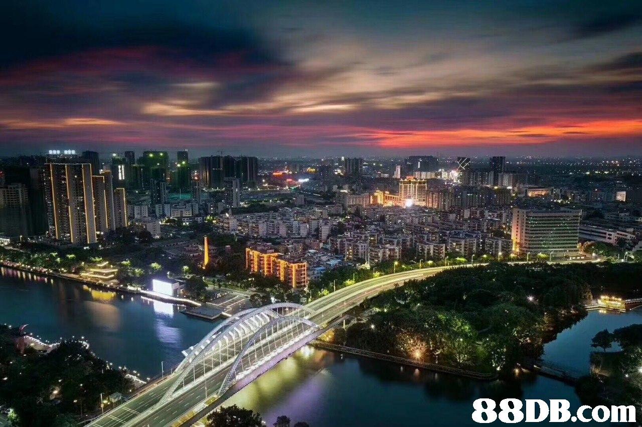 cityscape,metropolitan area,city,urban area,sky