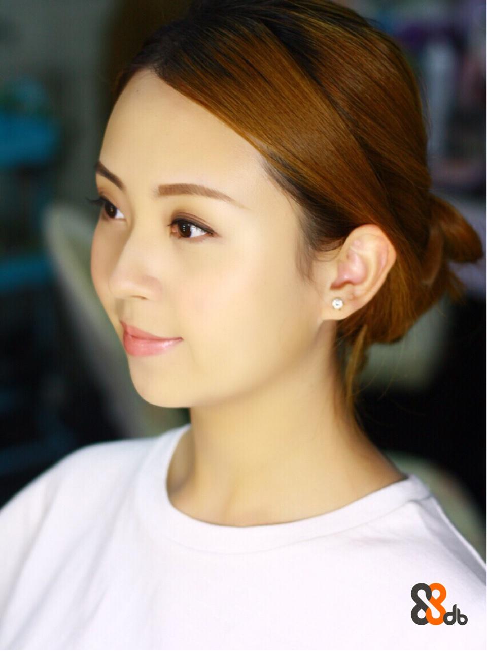 hair,eyebrow,face,chin,human hair color