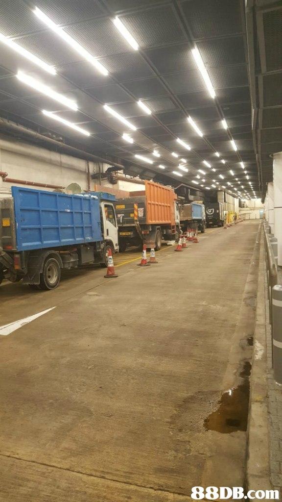 transport,vehicle,asphalt,warehouse,commercial vehicle