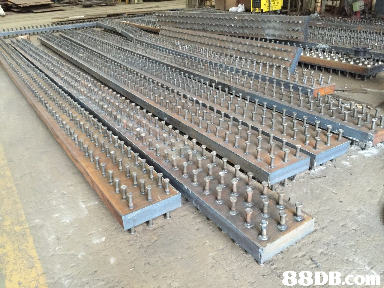 88DBcom  Metal,Transport,Steel,Iron,Track