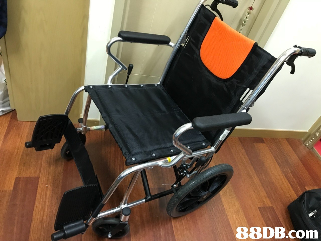 product,chair,wheelchair,furniture,office chair