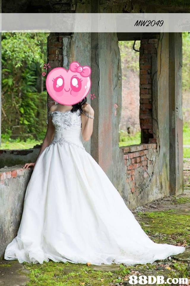 MW2049   gown,photograph,wedding dress,bride,pink