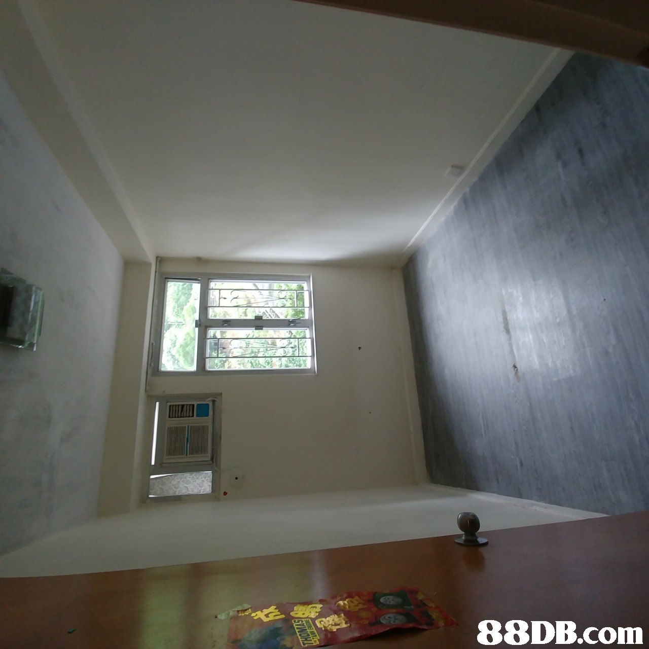 ceiling,property,room,wall,daylighting