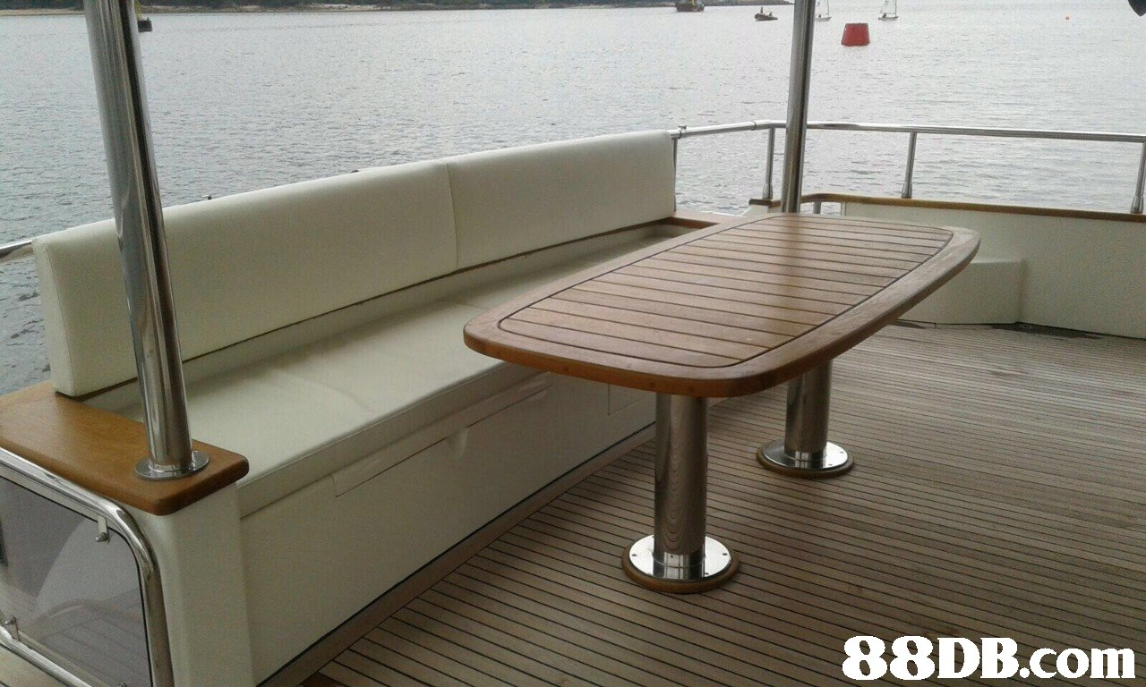 boat,furniture,yacht,watercraft,vehicle