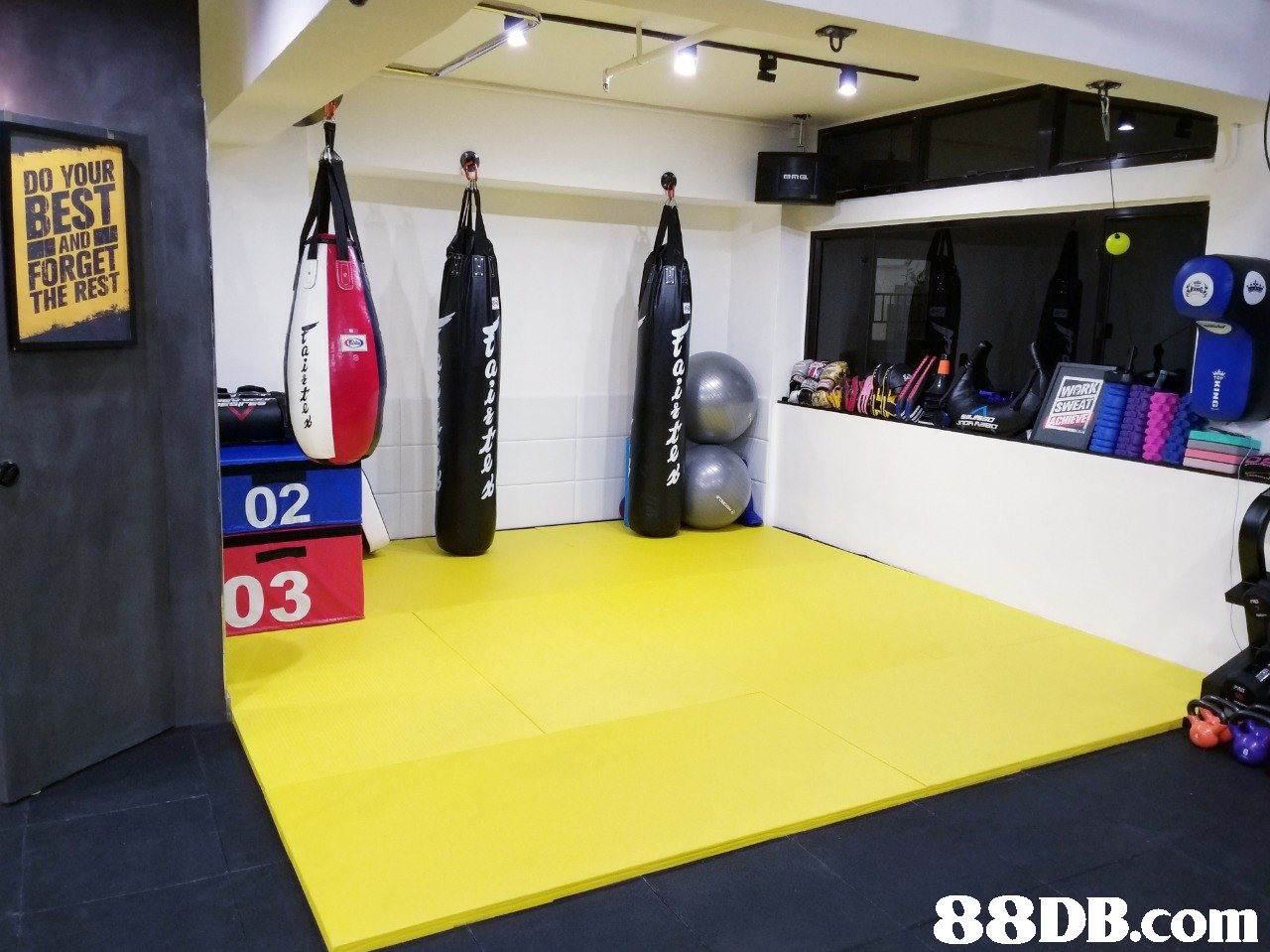 DO YOUR BEST RANO FORGET THE REST 02 3   sport venue,room,gym,structure,physical fitness
