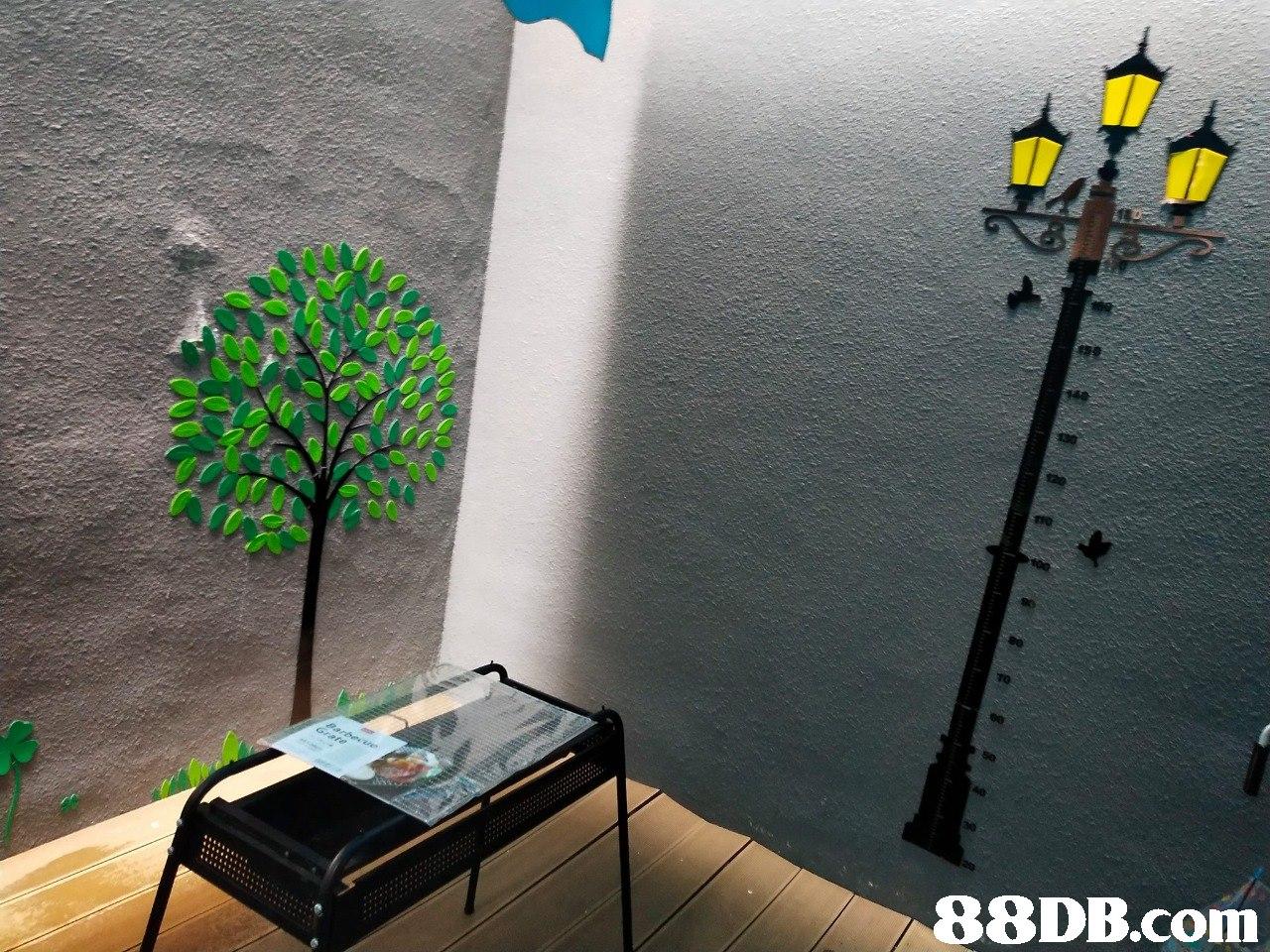 wall,tree,