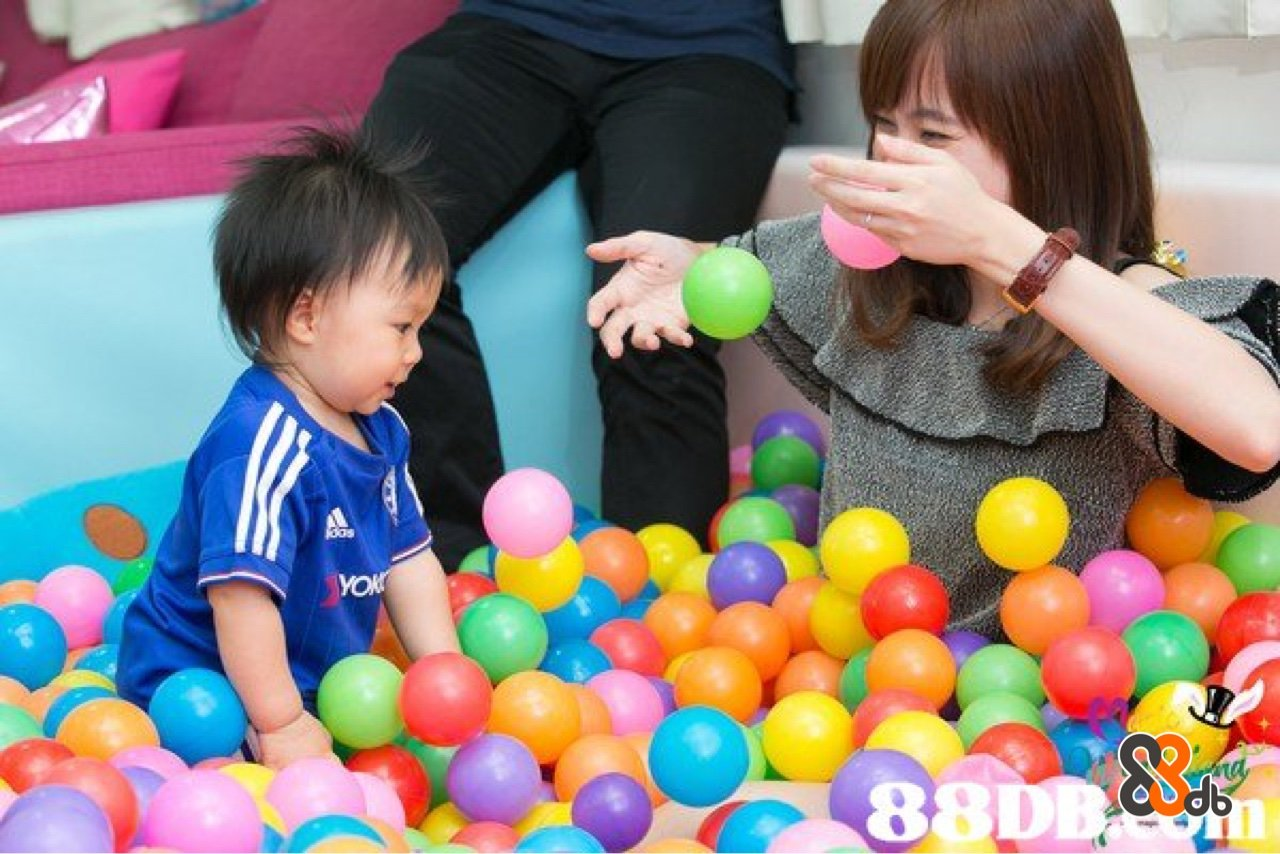 ball pit,child,toy,play,toddler