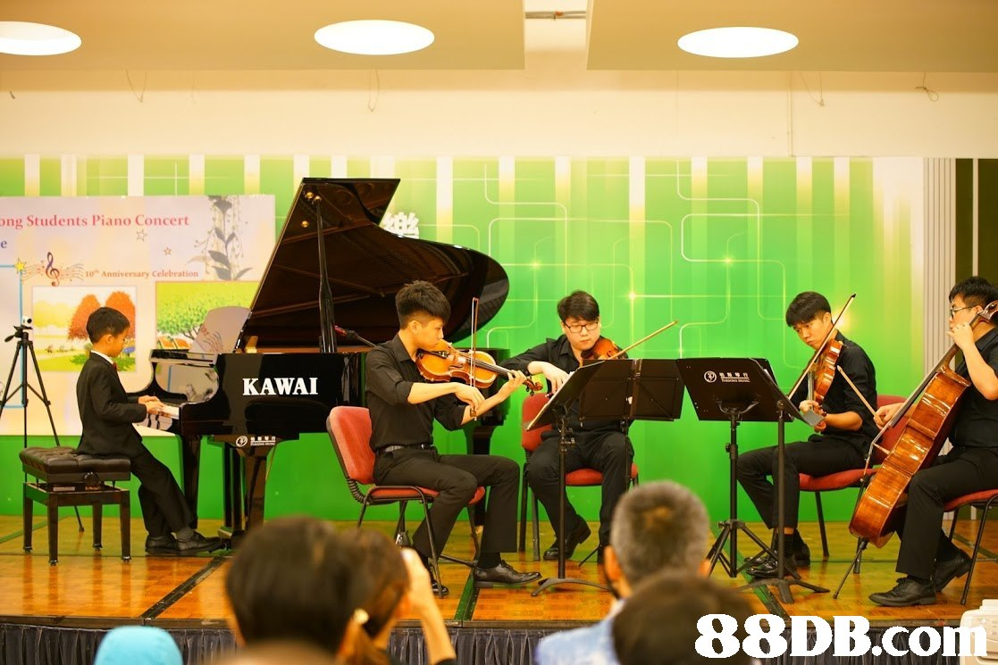 "ng Students Piano Concert 10"" Anniversary Celebration KAWAI 88DB.co,music,musician,musical instrument,orchestra,performance"