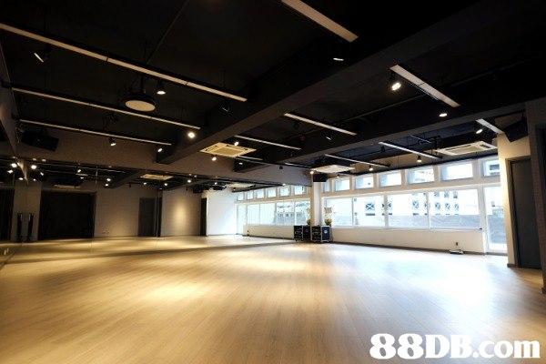 ORHYTHM 24小時場地出租,1000呎活動室,適合舞蹈、瑜珈、Fitness、戲劇、私人派對、攝影。位於九龍區中心點,地鐵何文田站步行10分鐘或黃埔站步行7分鐘即可到達,另設露台面積280尺。