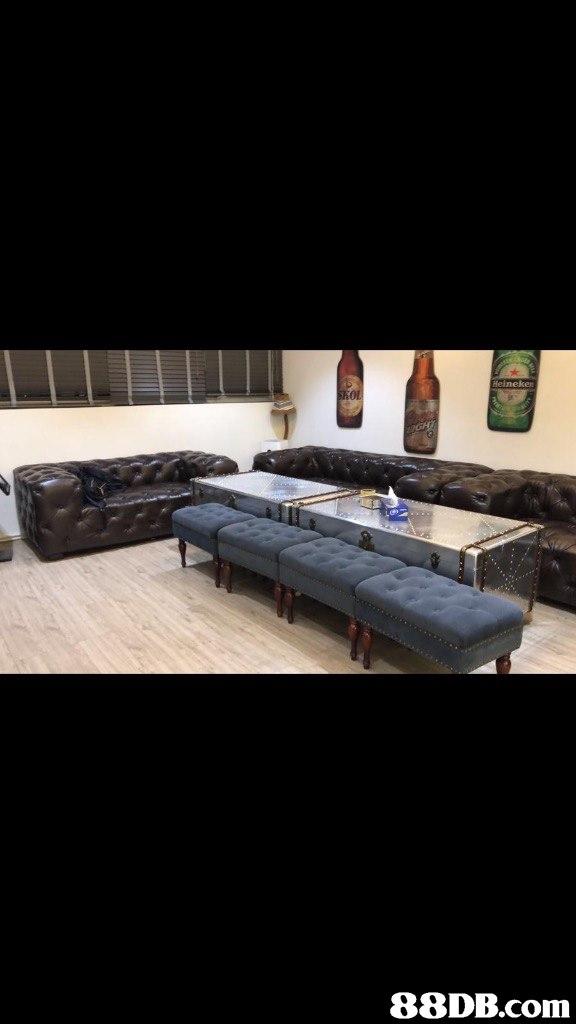 eineken   automotive exterior,furniture,bumper,floor,table