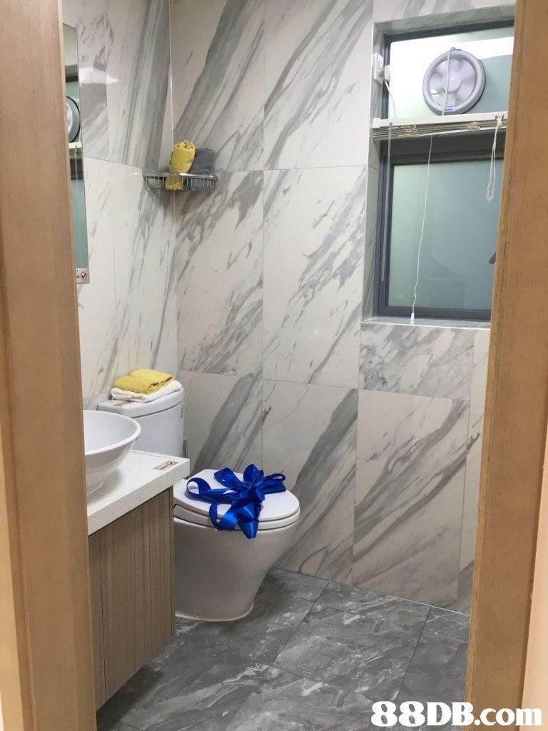 room,property,floor,bathroom,tile