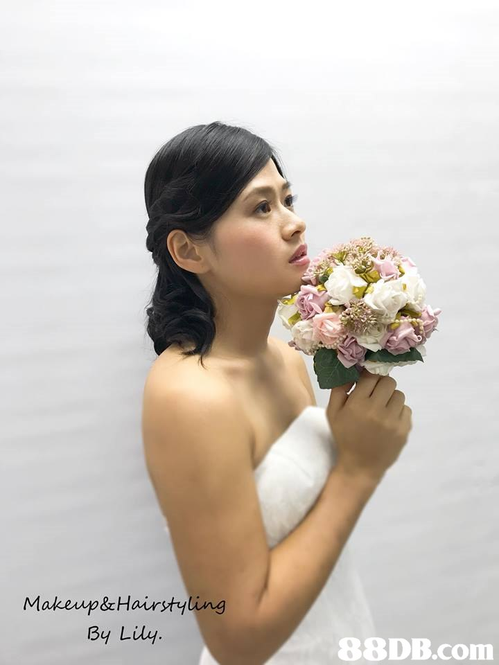 Makevp&Hairsty By Liy   bride,flower,beauty,gown,flower arranging