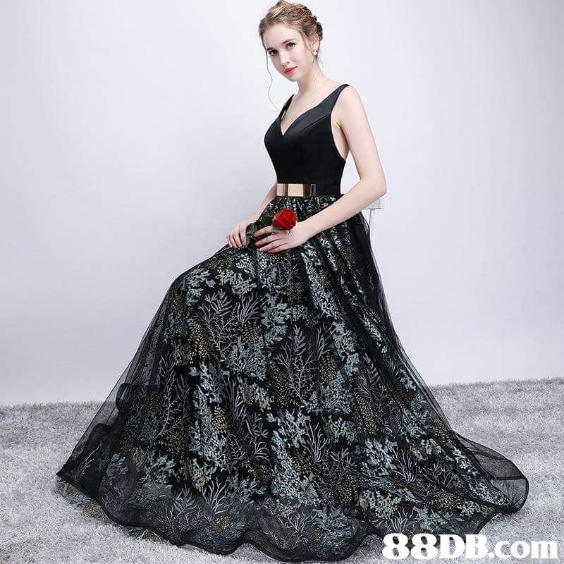 88DB.conm  dress,fashion model,gown,shoulder,fashion