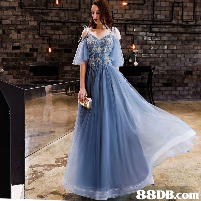 gown,blue,dress,formal wear,joint