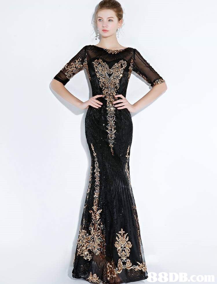 8DB  dress,gown,fashion model,shoulder,formal wear
