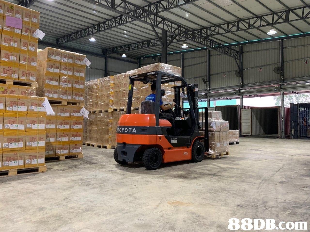 OYOTA ⑦TOYOTA SAS   transport,forklift truck,motor vehicle,warehouse,commercial vehicle