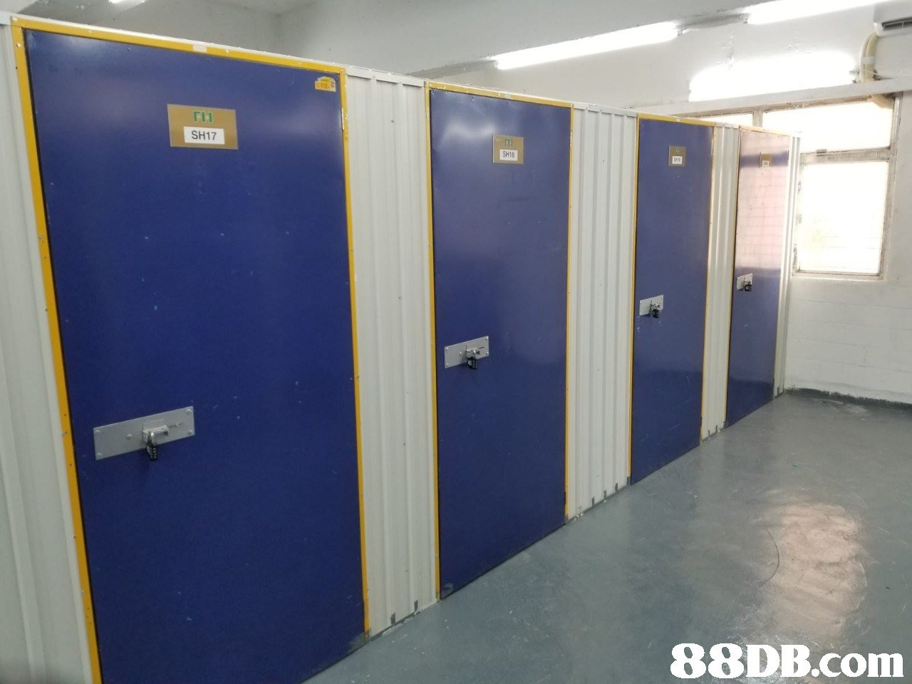 SH17 SH18   product,floor,door,