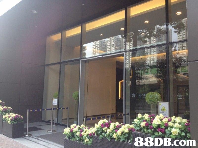 密密   property,window,interior design,glass,facade