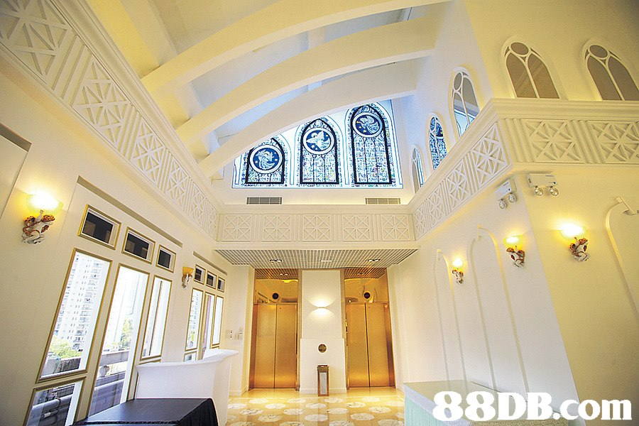 rke  IT  ceiling,property,estate,room,lobby