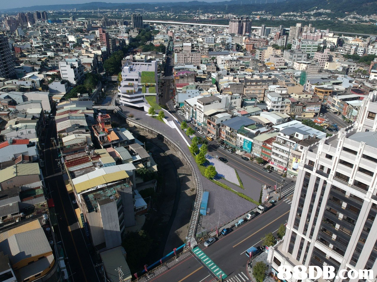 DB  urban area,city,metropolitan area,metropolis,bird's eye view