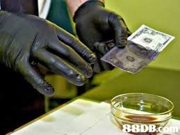 8DB  cash,hand,money,finger,alcohol