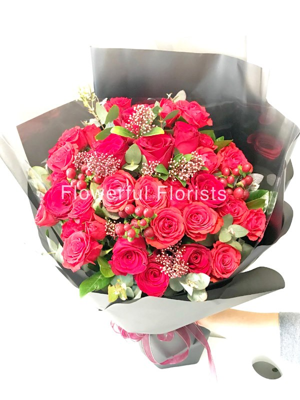 oerOrists าร์  flower,rose,flower bouquet,garden roses,rose family