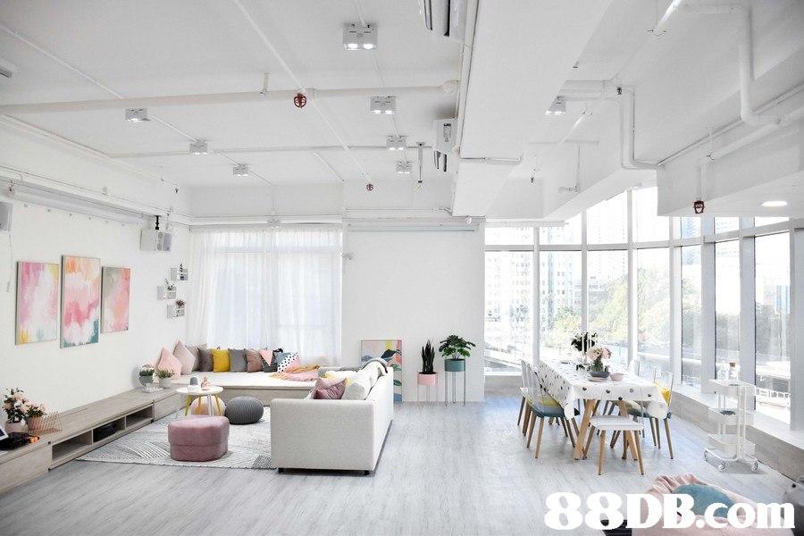 88DB.co  ceiling,interior design,living room,daylighting,loft