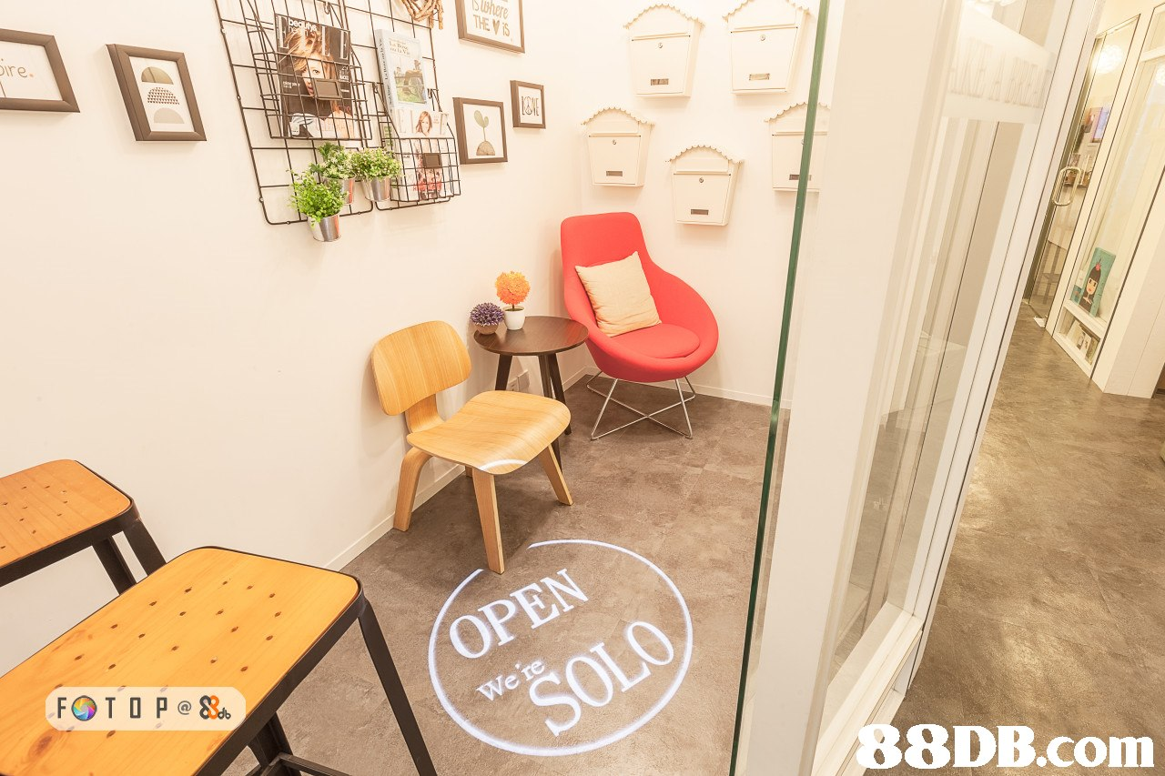 re. OPEN   room,property,table,floor,furniture