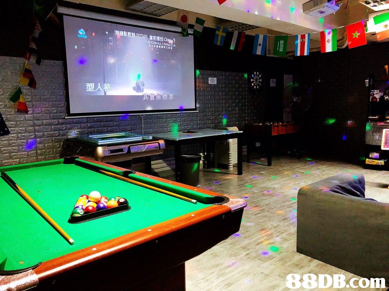 (D 型   billiard room,recreation room,games,billiard table,indoor games and sports