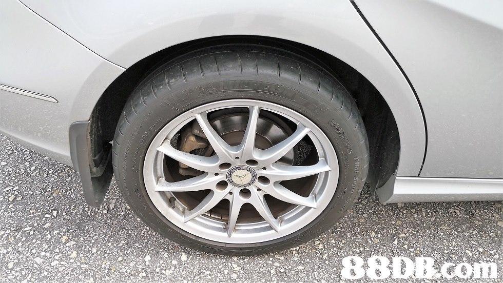 alloy wheel,car,motor vehicle,family car,vehicle